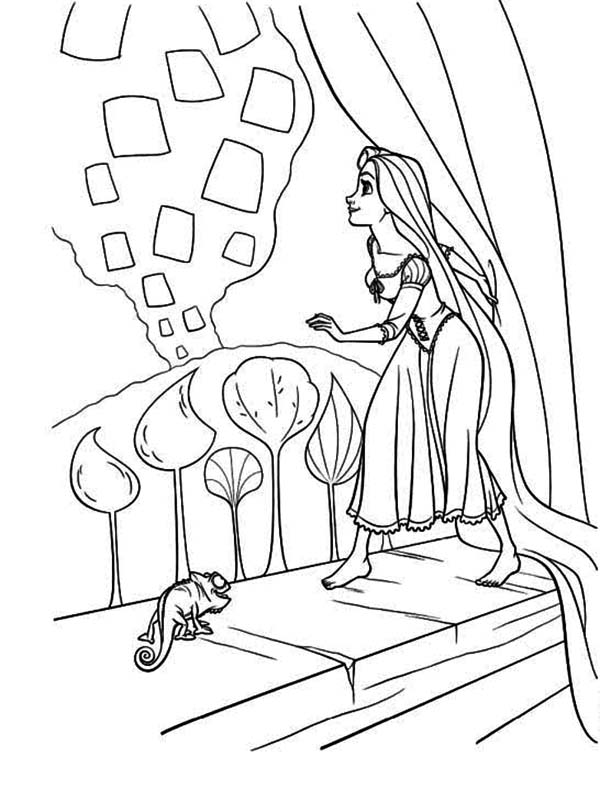 Rapunzel, : Rapunzel Step Up on Window Coloring Page