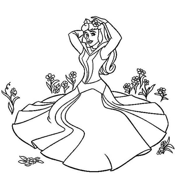 Princess Aurora, : Princess Aurora New Beautiful Dress Coloring Page