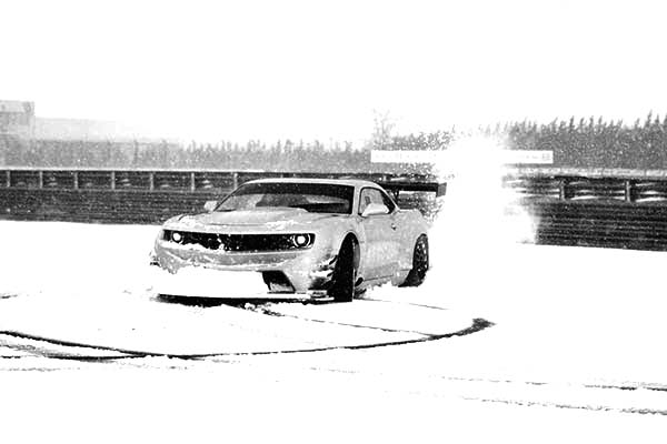 Drifting Cars, : Sareni United Camaro GT3 Race Cars Drifting on Snow Coloring Pages